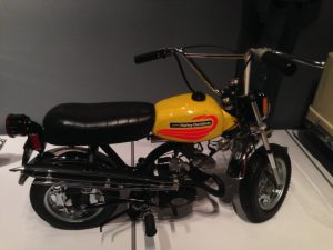 "Harley ""Shortster"" – someday, I MUST have one!"